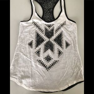 Express top lace black and white Sz Small
